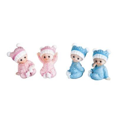 baba kék sapkában
